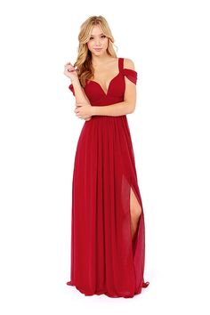 This kind of dress featuring sweethear plunge neckline combining twin sleeve design with off shoulder detail that dispose charming clavicle. Side split to below thigh design and waist stereoscopic tailor lengthen your body and show female tall figure. You must be the queen, anywhere you wear it to go.