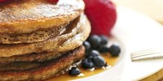 Buckwheat-Flax Seed Pancakes (packed with fat burning & blood sugar controlling nutrients) - www.thenutritionwatchdog.com