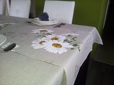 Linen tablecloth and runner Marguerite by shabby romantic www.sashe.sk/shabby.romantic