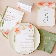 From menus to table cards complete your day-of look with our reception essentials.