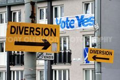 Which way to turn? The answer my friends is blowing in the wind... #YesScotland #Yes #indyref #Scotland #referendum pic.twitter.com/zqbLnE6wkj