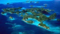 Laguna meridional de las Islas Rocosas Palau.