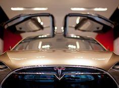 Tesla Motors, Tesla Model X