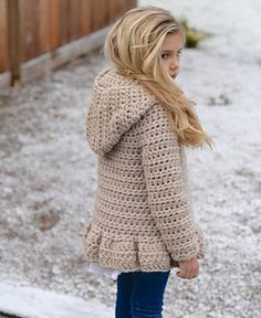 Ravelry: Veilynn Sweater crochet pattern by Heidi May - this is adorable. Pull Crochet, Crochet Girls, Crochet For Kids, Free Crochet, Knit Crochet, Crochet Children, Ravelry Crochet, Cardigan Au Crochet, Hooded Cardigan