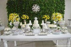 DecoraçãoBatizadoMeninaAmarelo1 Wedding Decorations, Table Decorations, Christening, Party Time, Baby Shower, Kids, Cute Ideas, Daisies, Diy Home