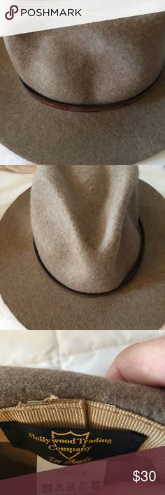ANTHRO Felt Fedora in Heather Brown w Leather Band Excellent soft Fedora w Leather Band Anthropologie Accessories Hats
