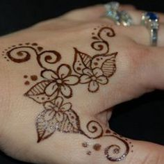 Easy Henna Tattoos ~ Design