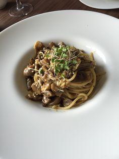 Aglio olio with only Mushrooms!  @confit surabaya  Ingat! Hanya ada jamur dan jamur ! Tapi untuk rasa ...  Puaaahhhhhhh! Maybe best aglio in this town!