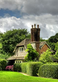 An English Floral Country Cottage in Blaise Hamlet, Bristol, England English Country Cottages, English Village, English Countryside, Country Houses, Cozy Cottage, Cottage Homes, Cottage Style, Beautiful Homes, Beautiful Places