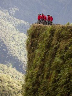 https://flic.kr/p/6SHg7m | Corner of death on the Yungas Road | Taken in Yungas Valley, Bolivia on 22 July 2009 by Jimmy Harris.