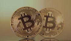 Geht Kryptowährung Bitcoin bis Ende 2020 auf 20000 US-Dollar? Bitcoin ist das bekannteste Kryptogeld und das erste was heraus gebracht wurde, wenn man also in andere günstige Kryptowährungen investieren möchte muss man auch den Kurs von Bitcoin im Blick Bitcoin Live, Bitcoin Value, Fiat Money, What Is Bitcoin Mining, Bitcoin Transaction, Dollar, Bitcoin Cryptocurrency, Crypto Currencies, Investors