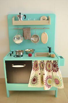 Wooden toy kitchen (macarenabilbao.com). BAM model.
