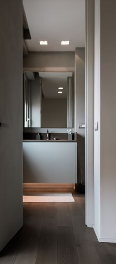 Abitazione Privata Milano - HI LITE Next #interior #lighting #design #fixtures #viabizzuno m1 micro 45, Oty Light bic 12