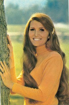 Sandi Griffiths - From the Lawrence Welk Show.Talked with her for about a half hour.Gorgeous person inside and out. Grace And Co, Will And Grace, The Lawrence Welk Show, 70s Tv Shows, Family Tv, I Remember When, 50 States, Old Tv, Back In Time