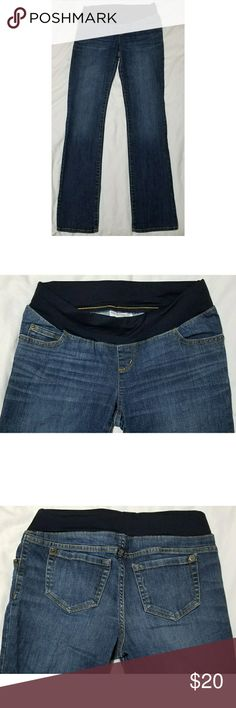 """Liz Lange for Target Maternity Straight Leg Jeans Womens Liz Lange for Target maternity straight leg jeans, size 2. They are in excellent used condition with no stains, tears, rips or holes that I can see.  Shell: 67% cotton/16% polyester/1% spandex  Knit: 86% nylon/14% spandex   Waist: 28"""" unstretched  Inseam: 32.5"""" Outseam: 41"""" Front rise: 7.5"""" Back rise: 14"""" Hips: 34"""" Leg opening: 14""""  All items come from a smoke and pet free home. Liz Lange for Target Jeans Straight Leg"""