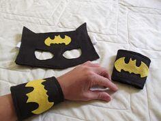 POW!!    TUM!!!       SOC!!!! Os próximos posts são todos deles. Por aqui só dá Batman, Mulher Maravilha, Capitão Améri...