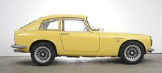 Consignatie oldtimer of youngtimerHonda S800 Coupé 1969 - thecoolcars.nl Small Sports Cars, Red Light Green Light, Honda S, Sport Cars, Cars And Motorcycles, Classic Cars, Bike, Side View, Sweet