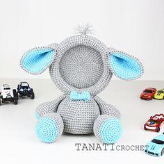 Photo frame ELEPHANT for boy. #amigurumi #crochet #crocheted #crocheting #crochetlove #crochetaddict #crochetersofinstagram #toy #toys #handmade #handmadebyme #handmadewithlove #yarn #амигуруми #вязание #cute #adorable #örgü #ganchillo #virka #crochetdoll #amigurumipattern #etsy #etsyAU #freecrochetpattern #amiguru_mi #crochetelephant #tanaticrochet #weamiguru