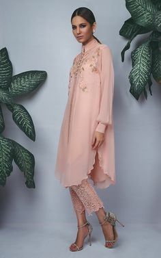 Still looking for a perfect Eid outfit? Sanam Chaudhri has got you covered! We have fallen in love the beautiful feminine silhouettes made out of lavish laces and chikan fabrics. It's safe t…