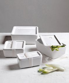 Porcelain Food Storage Containers, the more eco-friendly, safe, and beautiful alternative to plastic tupperware at dotandbo.com