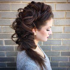 Textured BIG fishtail side braid.