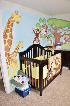 Hand painted bedroom wall. Boy's bedroom design. Giraffe and monkey.