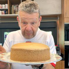 Sweet Recipes, Cake Recipes, Tiramisu Cake, Chicken Salad Recipes, Sponge Cake, Recipe For 4, Sin Gluten, Bakery, Easy Meals