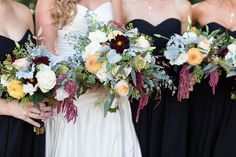 Bouquets Assorted Burgendy Peach Greenery | Chico-Double-Wedding-California-Tuscan-Ridge-Golf-Course-Photography