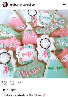 @mrsbeardsbakeshop Boho tribal dreamcatcher teepee pow-wow 1st birthday custom cookies for Vieve