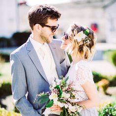 "Roses & Lavender photography (@roseslavenderphotography)  ""Heiraten im Frühling  #happy #Happyness #Hochzeit #Sunglass #bride #groom #Enns #Oberösterreich…"" #Linz #Enns #Hochzeitsfotografin #Oberösterreich #Sylvia Felbermayr #Roseslavender #Roseslavenderphoto"