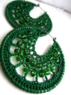 Crochet Jewelry - Simply Beads Newsletter - August 2011 - Vol. Crochet Jewelry Patterns, Crochet Earrings Pattern, Crochet Accessories, Crochet Necklace, Crochet Jewellery, Beading Patterns, Knitting Patterns, Crochet Crafts, Crochet Projects