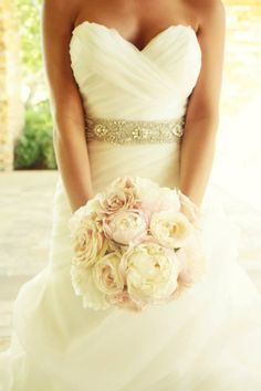 Lush, romantic, classic~Blush wedding bouquet. Florals by www.theposhposey.com  Artistic Photography by Tami