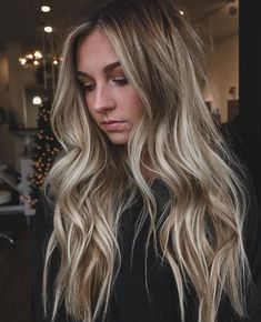 20 Cute and Easy Blonde Balayage Hairstyles – My hair and beauty Sandy Blonde Hair, Blonde Hair Looks, Brown Blonde Hair, Blonde Honey, Ombre Hair, Balayage Hair, Honey Balayage, Hair Color Caramel, Hair Tape