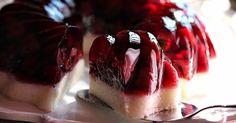 Ο υπέροχος συνδυασμός υλικών που έχει το ζελέ έχει ως αποτέλεσμα ένα απολαυστικό καλοκαιρινό  γλυκό που θα σας δροσίσει γρήγορα ,εύκολα και ...