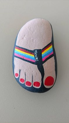 This fun foot Portrait rock is hand painted with acrylic paint and made with your foot in mind. Send me a picture and I will create your foot in your favorite sandal or you can have a naked foot as well. I really love how this one came out and I will cherish my foot rock forever! Makes a fantastic gift! Fun Paperweight Awesome Garden Rock Approximately 3 by 5 12 Double clear coated to protect from elements Thanks for looking! Please favorite to share with others