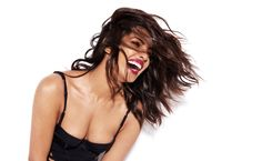 priyanka-chopra-complex-june-july-2016-8
