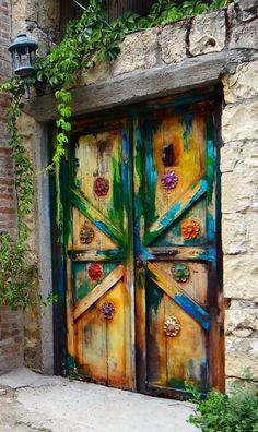unique doors around the world Cool Doors, Unique Doors, The Doors, Windows And Doors, Front Doors, Door Knockers, Door Knobs, When One Door Closes, Door Gate
