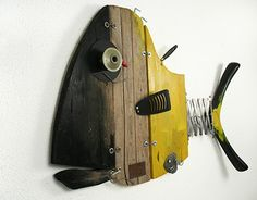GAS FISH is a wall sculpture made out of recycled materials: driftwood and many other discarded objects, contemporary art, recycling art made in Italy Paper Mache Sculpture, Fish Sculpture, Wall Sculptures, Fish Artwork, Fish Wall Art, Wood Fish, Metal Fish, Wood Pallet Art, Recycling