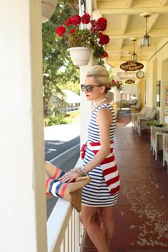 Cute way to show your patriotism as well as stay comfortable for your party...red white and blue 4th of july fashion