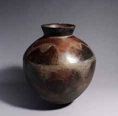 Africa | Terracotta vessel from the Lobi people of Burkina Faso | 20th century