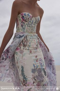 Unique floral embroidered wedding gown by Hermione de Paula. Cream strapless dress with touches of lavender, pinks, greens and blues. Such a gorgeous multicolored wedding dress. Colored Wedding Dresses, Wedding Gowns, Floral Wedding Gown, Bridal Gown, Dresses To Wear To A Wedding, Wedding Hijab, Bridal Lingerie, Different Color Wedding Dresses, Printed Wedding Dress