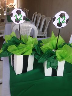 Ideas For Party Dinner Table Center Pieces Soccer Birthday Parties, Sports Birthday, Soccer Party, Sports Party, Soccer Decor, Soccer Gifts, Soccer Centerpieces, Party Centerpieces, Soccer Baby Showers