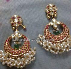 10 Different Style Kundan Jhumkas Chandbalis - Jewellery Designs Gold Jhumka Earrings, Jewelry Design Earrings, Small Earrings, Antique Earrings, Pearl Jewelry, Heavy Earrings, Jewelery, Indian Wedding Jewelry, Indian Jewelry