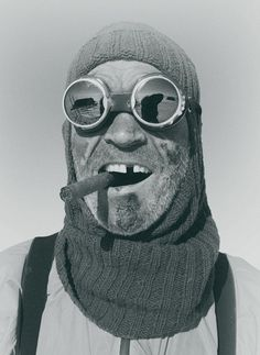 """David Grann's book """"The White Darkness"""" has chilling pictures of Antarctica expeditions of British explorer Henry Worsley along with those of Worsley's predecessor and idol, Ernest Shackleton. Face Reference, Photo Reference, Photo Portrait, Portrait Photography, Old Photos, Vintage Photos, Photographie Portrait Inspiration, Photocollage, Antarctica"""