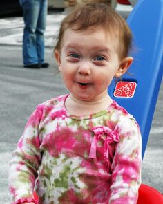 _ how cute is this expression...I'm not just smiling, I'm grinning too.