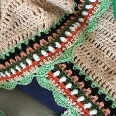 Have you seen my Sunday Shawl kits? Look at this pretty #wip one by @novaiiume