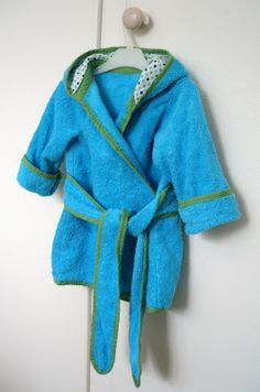 The baby beach robe, pattern by Dana made it.