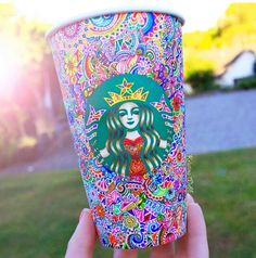 Hand Drawn Starbucks Cup Art by Kristina Webb Arte Starbucks, Starbucks Cup Art, Starbucks Coffee, Starbucks Siren, Disney Starbucks, Starbucks Logo, Starbucks Drinks, Kristina Webb Art, Arte Sketchbook