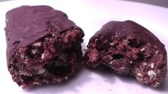 Low carb protein bar with rum essence and cranberries