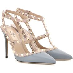 Valentino Rockstud Leather Pumps (3,220 PEN) ❤ liked on Polyvore featuring shoes, pumps, grey, leather shoes, grey shoes, leather footwear, grey leather pumps and grey leather shoes
